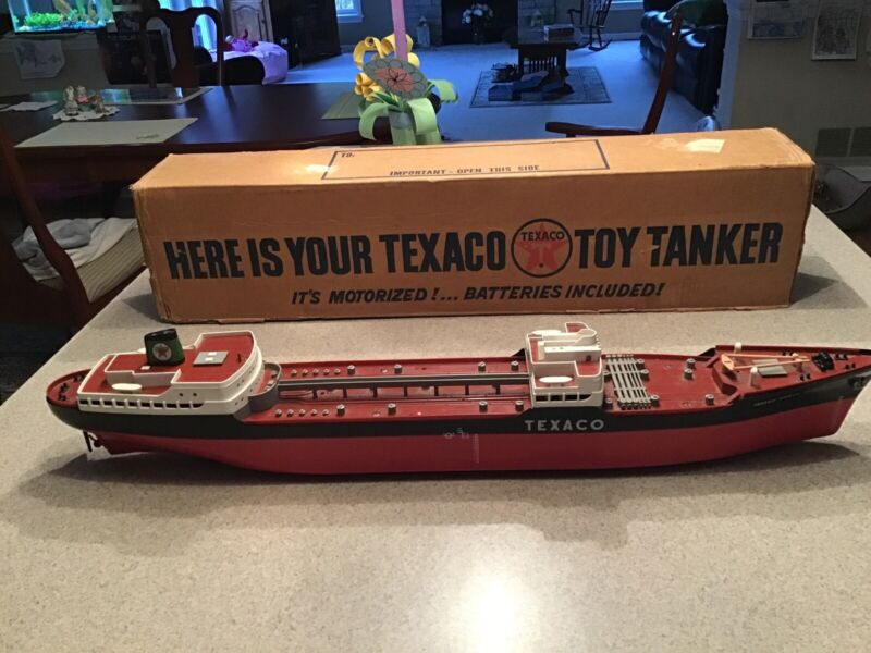 1966 Texaco Boat By Wen-Mac. With Box.  Nice Shape. Rare! Better Than Hess!