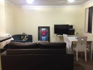 Nice Apartment share room $150/week available now in city CBD