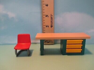 Cherry Modern Office Furniture (Playmobil furniture MODERN DESK W/ TAN TOP & 3 YELLOW DRAWERS + RED OFFICE)