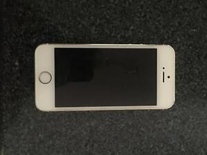 iPhone 5S 16GB White Gold Mount Gambier Grant Area Preview