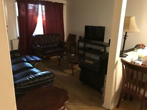 Large furnished room In large two bedroom, 500$