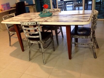 Shabby chic wooden dining table and chairs.  Meridan Plains Caloundra Area Preview