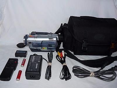 Видеокамеры Sony DCR-TRV230 Digital8 Digital 8
