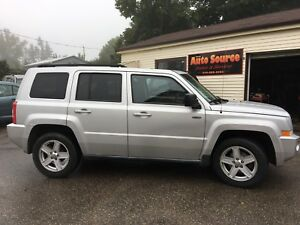 2010 JEEP PATRIOT NORTH, NO ACCIDENTS, CERTIFIED !!