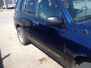 Jeep chevrolet tracker 2002