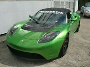 Tesla Roadster Sport Signature 250 **Lightning Green**