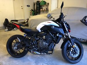 2018 Yamaha MT-07 w/ Akrapovic Exhaust, tail-tidy and more