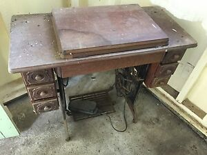 Early 20th Century Singer Sewing Machine Coorparoo Brisbane South East Preview