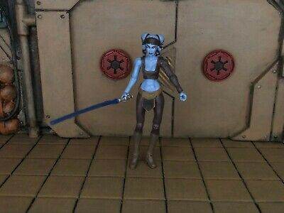 LOOSE STAR WARS THE CLONE WARS JEDI MASTER AAYLA SECURA