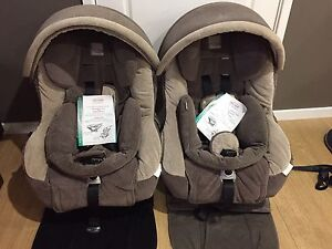 2 x Britax Safe n Sound Meridian AHR Baby Car Seat 0-4 years Claremont Meadows Penrith Area Preview