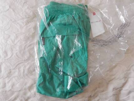 Speedo mens board shorts, size medium, new with tags