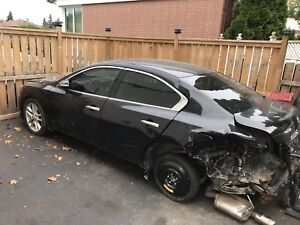 2011 Nissan Maxima Parting Out, 98000km