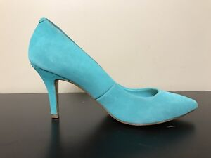Le Chateau kitten heals teal size 7