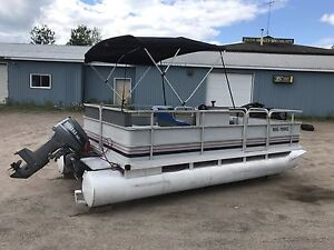 16x8 Pontoon Boat with Yamaha 30