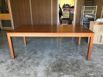 Dining Table Lonsdale Morphett Vale Area Preview