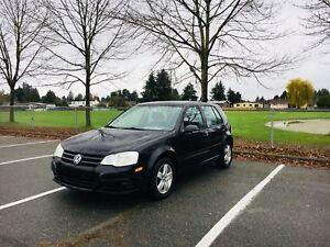 2008 Volkswagen Golf 2.0L 140,000 km $5000 OBO