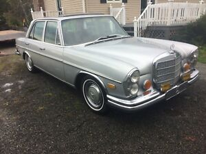 1972 Mercedes Benz 280SE Rare Collectors Car!
