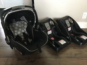 Britax B Safe Car Seat with Two Bases