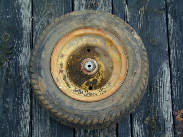 #16 John Deere 110-112 Riding Lawn Mower Front Tir