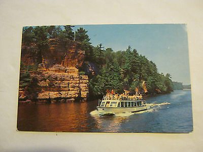 Riverview Boat Line, Wisconsin Dells, Wisconsin 1960's Post Card (GS19-48)