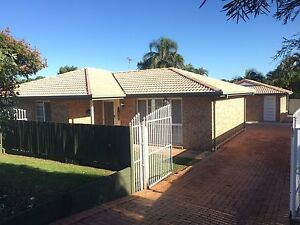 House and granny flat available for rent Hillcrest Logan Area Preview