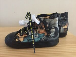 Converse Batman All Star toddler size 7 sneakers - new