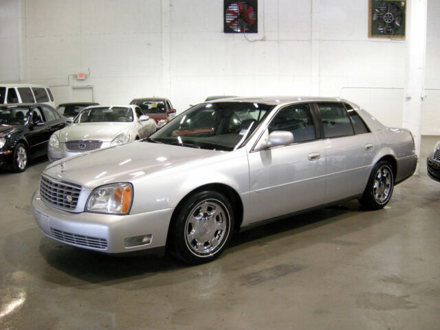 2002 Deville Carfax certified Mint condition Spotless Florida beauty Very low mi