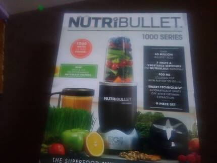 New Nutribullet 1000 series 9 pieces worth $169