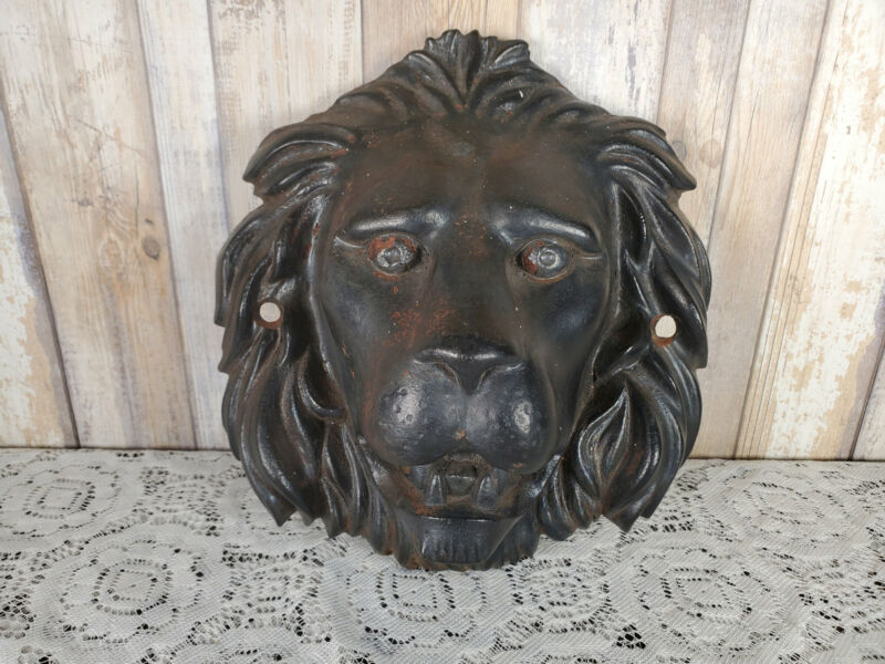 Large Antique Cast Iron Lion Head Figural Architectural Salvage Wall Mount