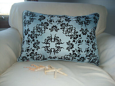 Chelsea Home Fashions 100% Duck Feather Ocean Blue & Black Decorative Pillow
