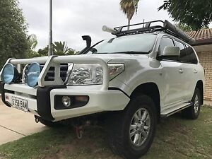 200 series Landcruiser Happy Valley Morphett Vale Area Preview