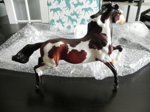 Breyer Model Horse Nayati Matte Bay Pinto Rearing Mustang 2020 Web Special