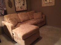 Sofabed with reversible chaise