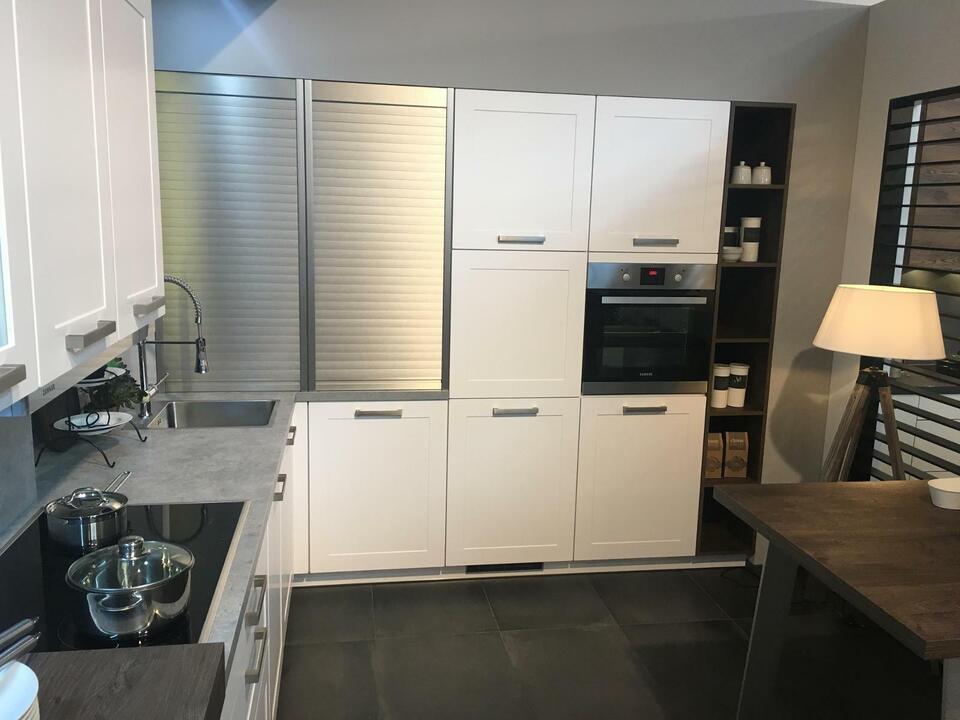 NEUE Einbauküche L-Form Küche Beton D10 in Gütersloh