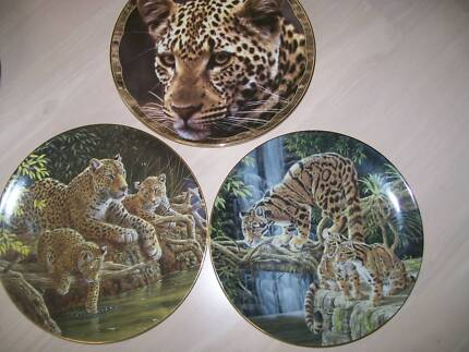 """""""Big Cats"""" wildlife collectable plates"""