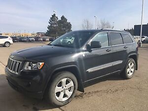2011 Jeep Grand Cherokee Laredo  Low KM's!!