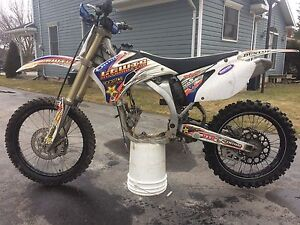 2006Yamaha yz450f rolling chassis