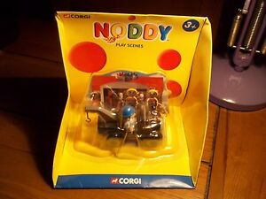 CORGI NODDY CAR MINT IN BOX WITH PLAY SCENES BACKGROUND