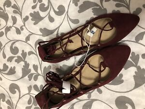 Burgundy Tie Up Ankle Flats!