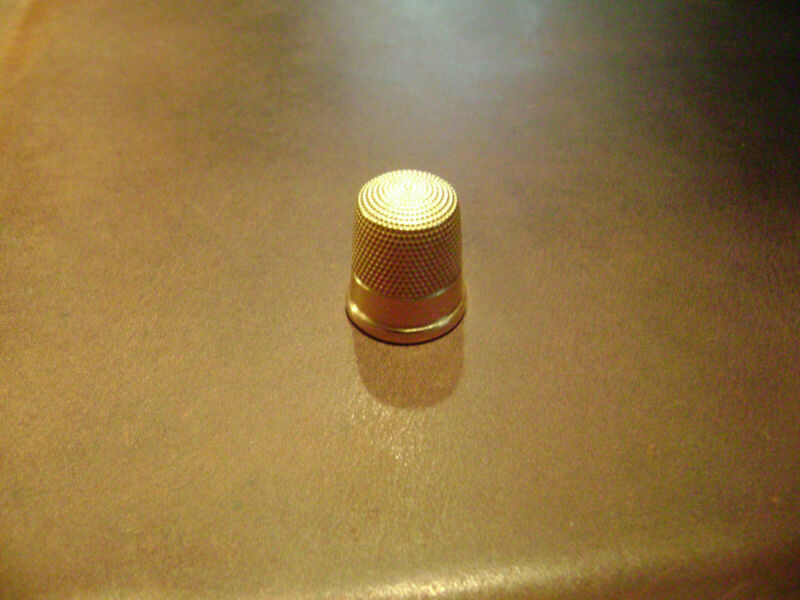 Antique 14k Gold Sewing Thimble Size 11 the 32b by Simons Brothers 5.6 Grams