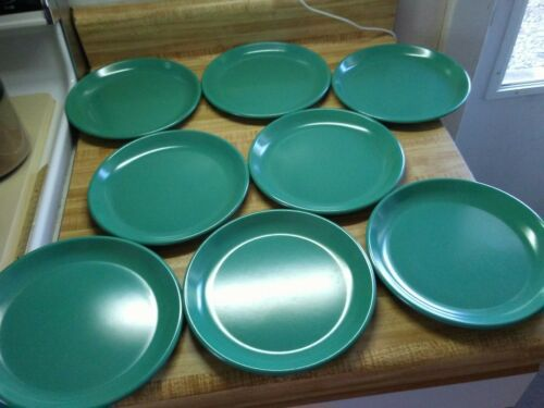 Rubbermaid plates