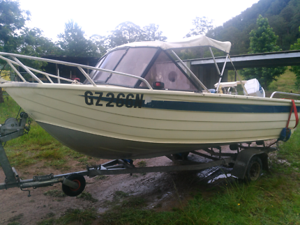 Boat 4.5 metre great for rivers and outside good solid boat