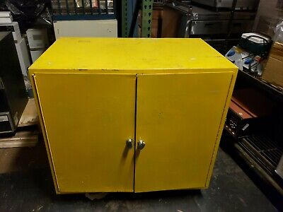 35 X 35 X 22 22 Gal. Gallon Flammable Liquid Storage Cabinet Ships Freight