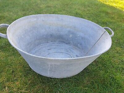 Vintage Large Tin Bath