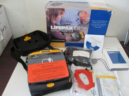 Medtronic Physio-Control LIFEPAK CR Plus Auto AED with pads and case NIB