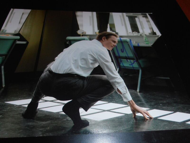 MICHAEL FASSBENDER SIGNED AUTOGRAPH 8x10 PHOTO STEVE JOBS MOVIE RARE COA AUTO D