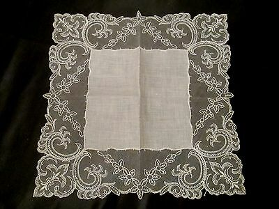 Vintage White/Ivory unused Wedding lace linen hanky handkerchief
