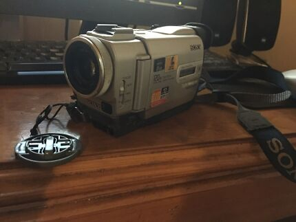 Sony Handycam DCR-TRV6E Camcorder Morwell Latrobe Valley Preview