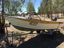 4.2 mtr 25 hp boat Greta West Wangaratta Area Preview
