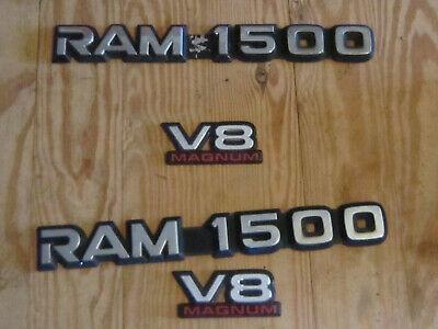 DODGE RAM 1500 & V8 MAGNUM EMBLEMS
